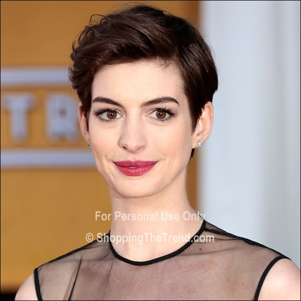 Anne Hathaway Short Hair U0026 Makeup - SAG Awards 2013