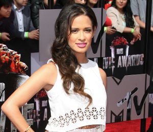 Rocsi Diaz white crop top & skirt - MTV Movie Awards 2014