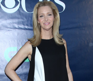 Lisa Kudrow in Alexander Wang at CBS, CW & Showtime TCA Summer Tour