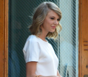 Taylor Swift in Rachel Zoe