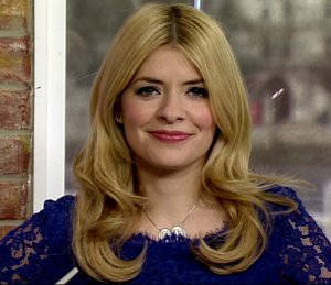 Shop Holly Willoughby DVF blue lace dress - 'This Morning' March 12