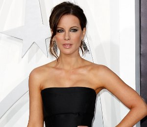 Kate Beckinsale in Alberta Ferretti - 'Star Trek Into Darkness' LA Premiere