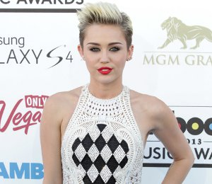 Miley Cyrus in Balmain jumpsuit - Billboard Music Awards 2013