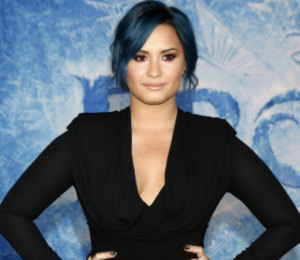Demi Lovato Altuzarra black dress & blue hair- 'Frozen' Premiere
