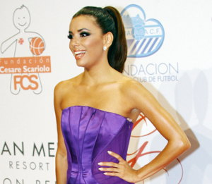 Image showing Eva Longoria in Alberta Ferretti purple gown - Global Gift Gala 2012