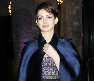 Image showing Anna Hathaway in Altuzarra & Burberry Prorsum cape - 'Les Miserables' After Party