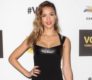 Image showing Shop Jessica Alba Narciso Rodriguez dress - Spike TV Video Game Awards