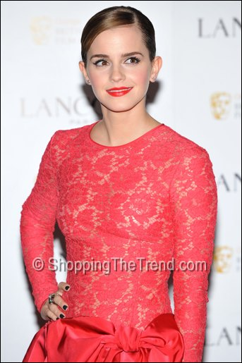 This Just In Emma Watson Valentino Red Lace Dress