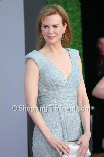 Jennifer Lopez in Emilio Pucci green cutout dress & Nicole ...