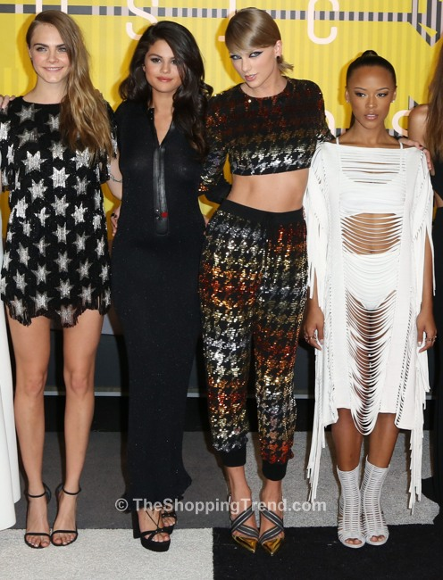 taylor-swift-ashish-cropped-top-vmas-2015-(4)