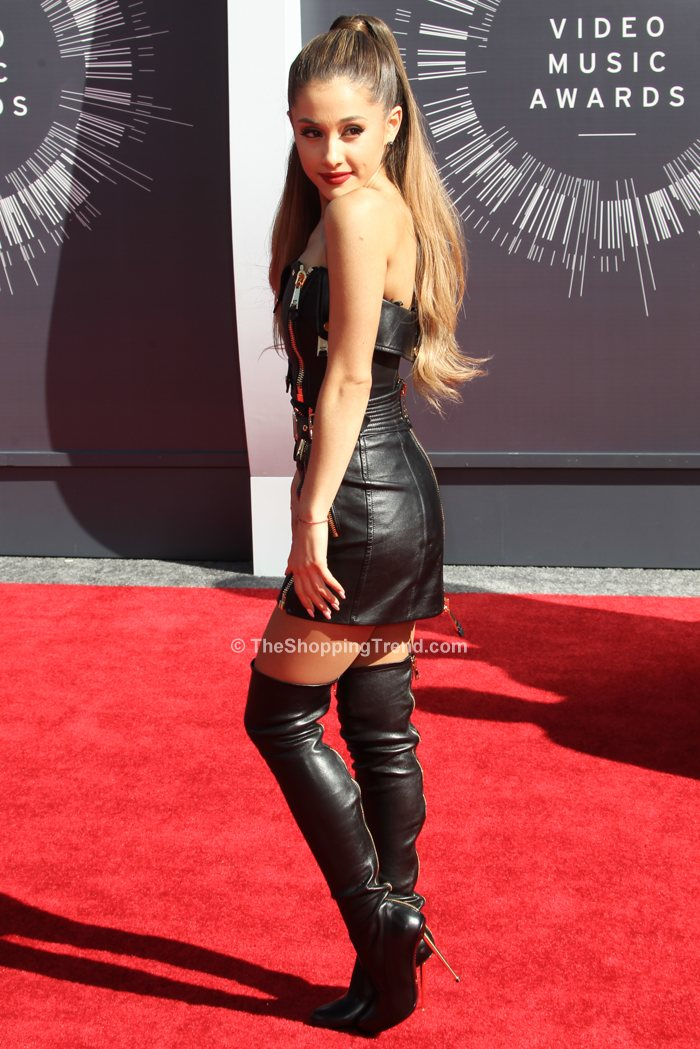 Ariana Grande In Sexy Moschino Black Leather At Mtv Vmas 2014