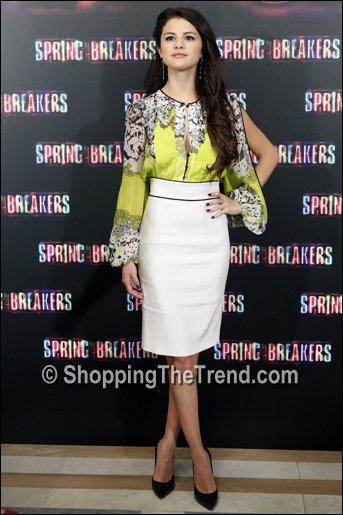 Vanessa Hudgens & Selena Gomez - Pinterest