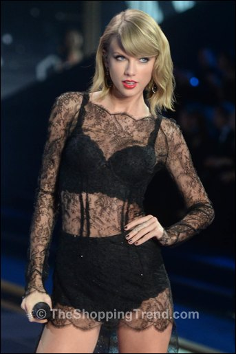 Taylor Swift Dress Amp Sexy Lingerie At Victoria S Secret