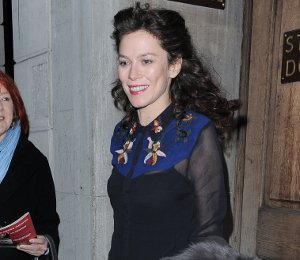 Anna Friel in Topshop & AllSaints leaving the theatre on Dec 20