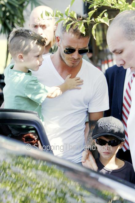 david beckham and victoria beckham_09. Victoria Beckham: Wearing her
