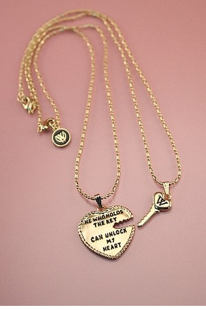 Wildfox Jewelry Heart and Key Necklace Set