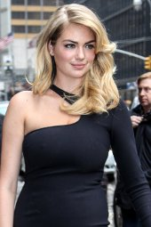 Kate Upton dress Letterman Feb 11