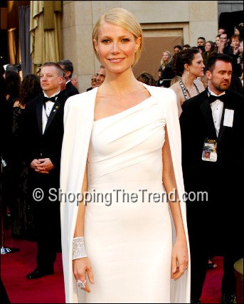 gwyneth paltrow cuff bracelet academy awards in tom ford