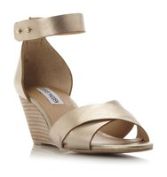 Nilla Sm Cross Over Strap Wedge Sandal