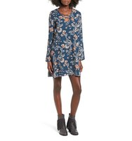 Everly Lattice Detail Floral Print Shift Dress