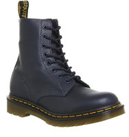 Dr Martens 8 Eyelet Lace Up Bt Navy Virginia